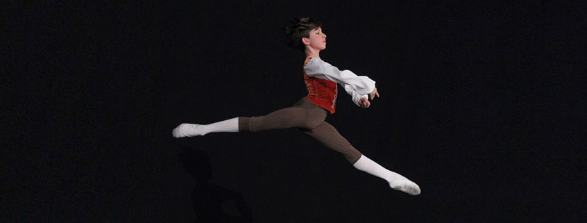 International Scholar Aron Simon dancing